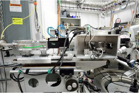 X-ray optics: bench shutter and horizontal K-B mirror